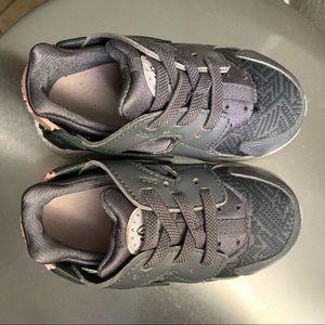 Toddler Nike Huaraches